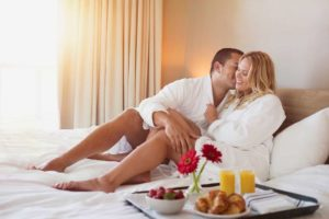 Benefits of Hotel furniture for couple